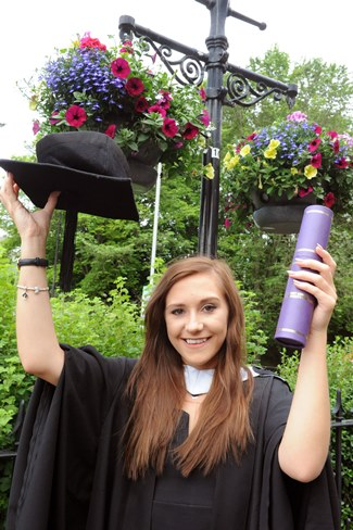 Annabelle S Degree Is Just The Job News July 2017 Robert