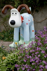 Image from 'Robert Gordon University lecturer raises £23,000 for charity with Gromit statue'