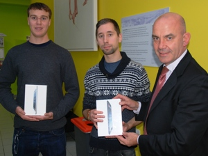 Students Scott Conner and Manuel Brauer were presented with their iPads by RGU's Director of Sport Filippo Antoniazzi.