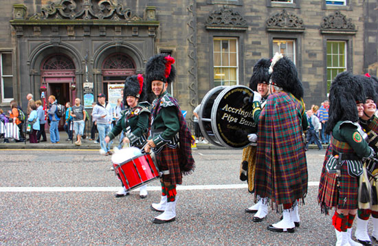 Summer School - Edinburgh pipe band